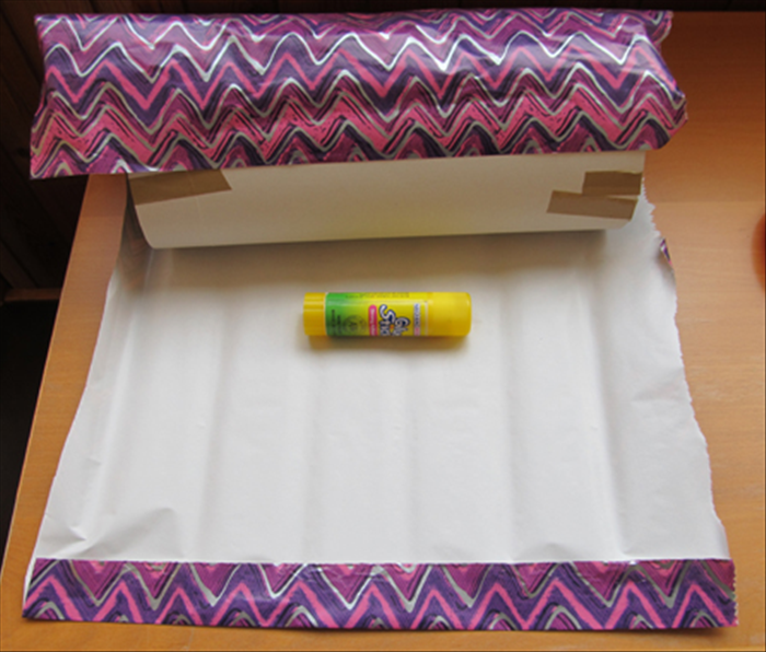 Remove the tube from the lids.