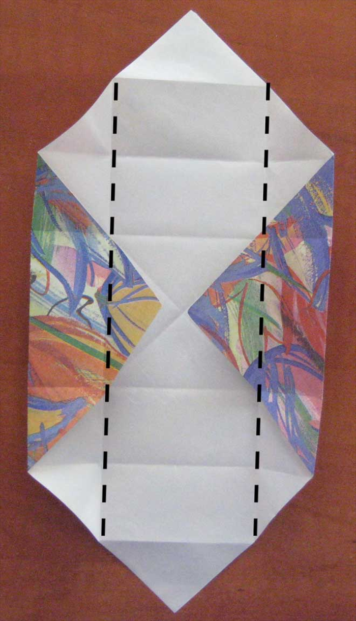 Open the top and bottom flaps