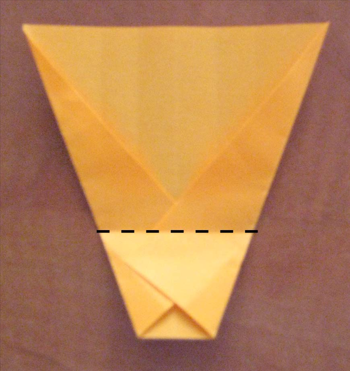 Turn the paper so that the narrow part in on the bottom . 